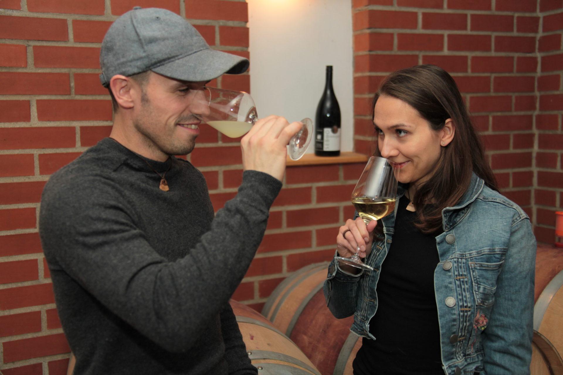 Weinverkostung im Weinkeller der WeinWerkstatt
